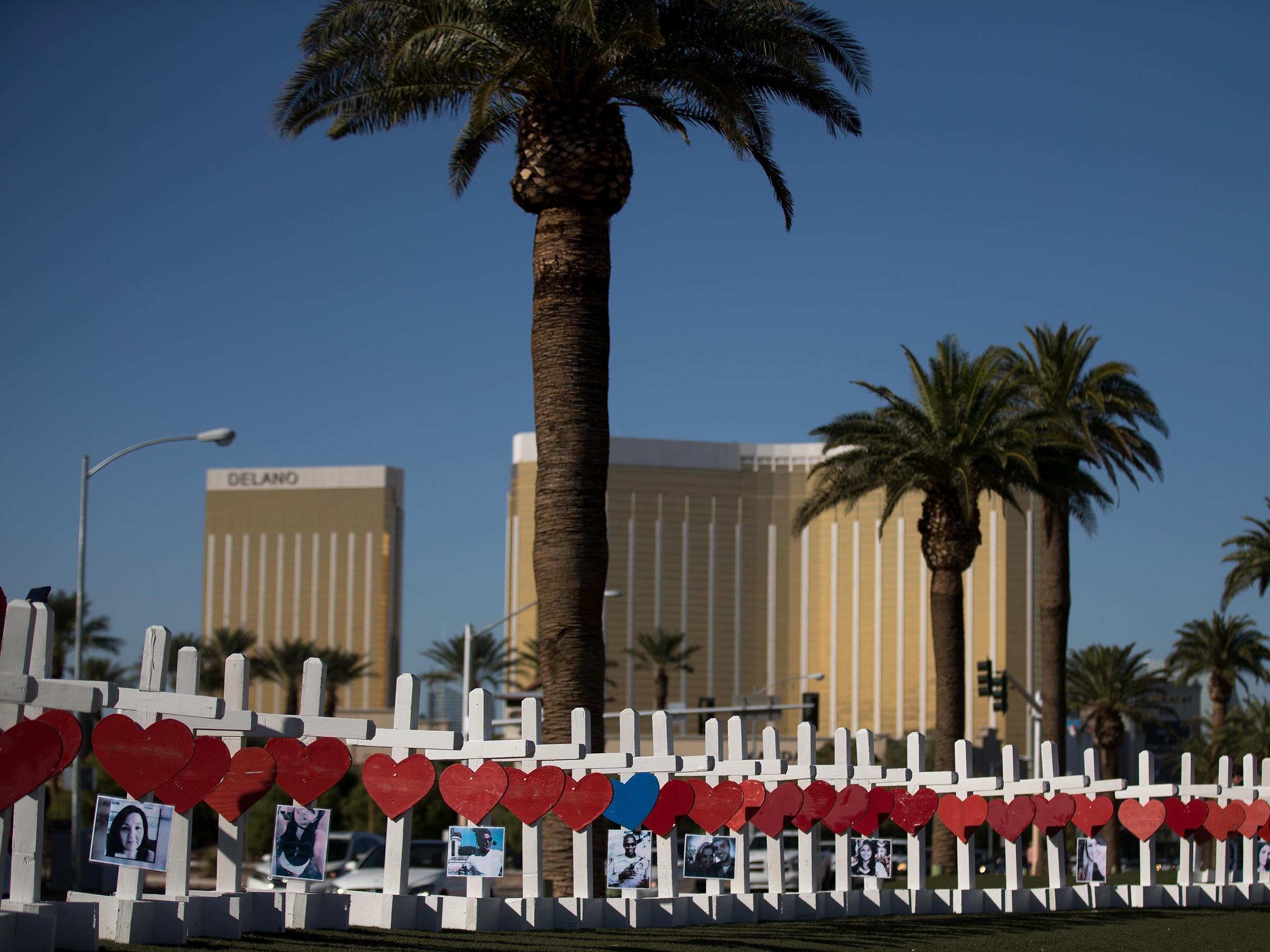 FBI finds no clear motive for Las Vegas sniper massacre