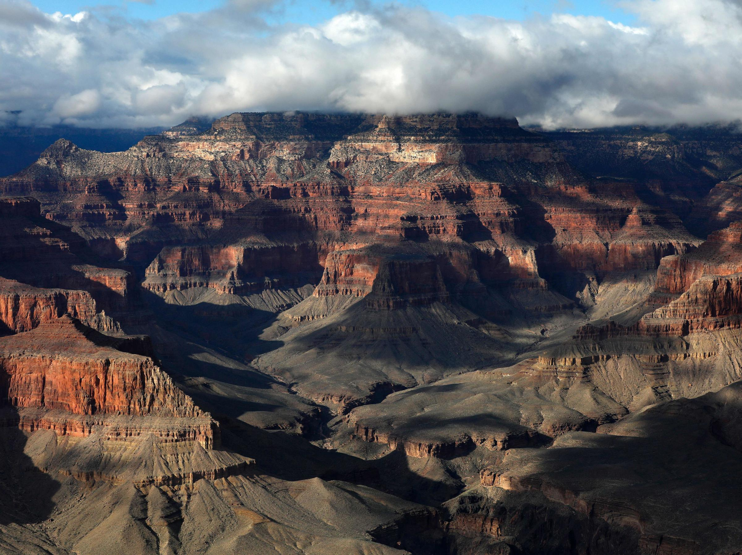Grand Canyon Museum Reportedly Had Buckets Of Uranium Sitting Around For 18 Years