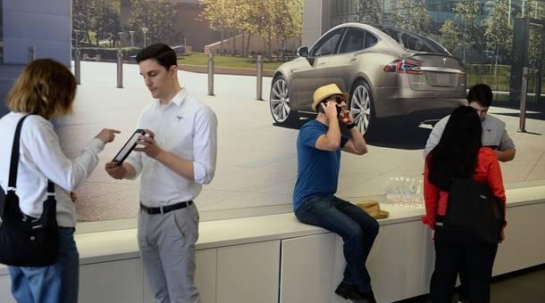 Tesla%20line.jpg