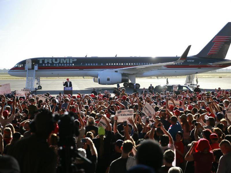 Trump Rally Sacramento 5 AP 20160601 P