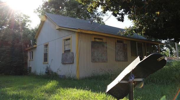 Lovely A House Sits Neglected In East Cleveland, Mississippi, The Predominantly  African American Side Of Town. Nice Design