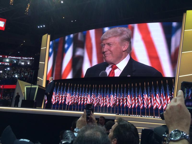 Trump Stage 072116P