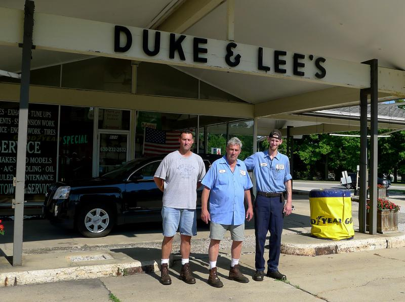 f57116c6ad13 Lee Singer (center) still runs the family shop — except now he works with