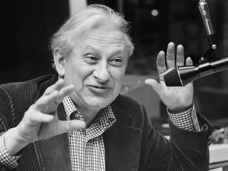 Studs Terkel talks on his Chicago radio show in the late 1970s.