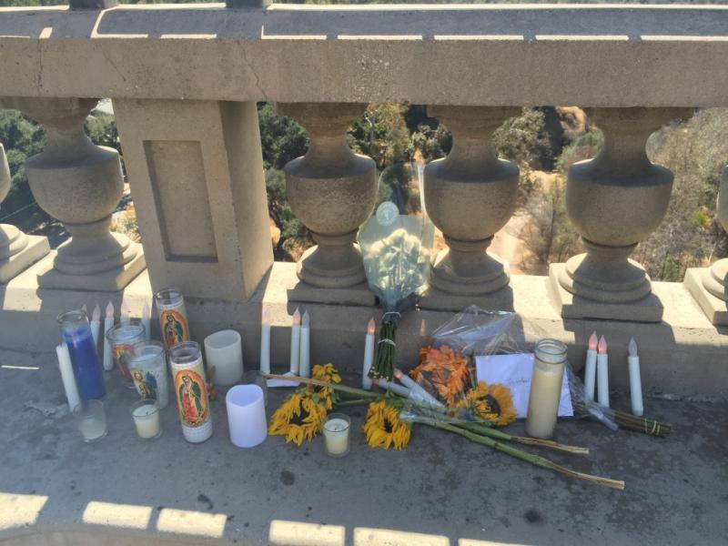 A memorial on the Colorado Street Bridge.
