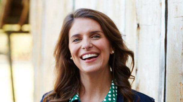 Hi-Res-Vivian-Howard-author-photo,-Credit-Stacy-Van-Berkel---Copy-LEDE-PHOTO.jpg
