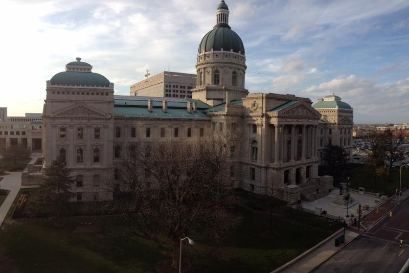 The Indiana Statehouse in downtown Indianapolis. (Brandon Smith/ IPB News)