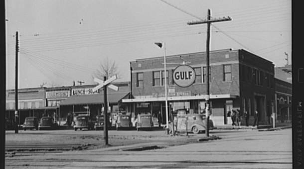 CMSOakStreetStreetcorner_1939.jpg
