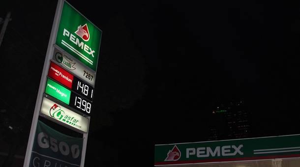 1_pemex_marketplace_lorne_matalonweb.jpg
