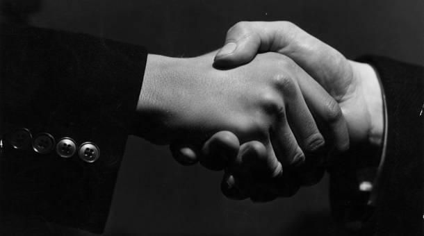 handshake_3.jpg