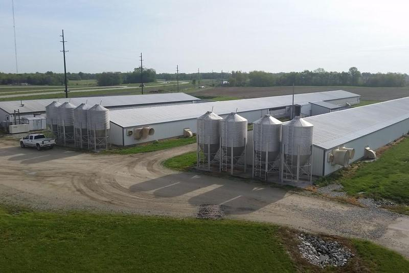 CAFOs off Route 25 in Tippecanoe County. (Annie Ropeik/IPB File Photo)