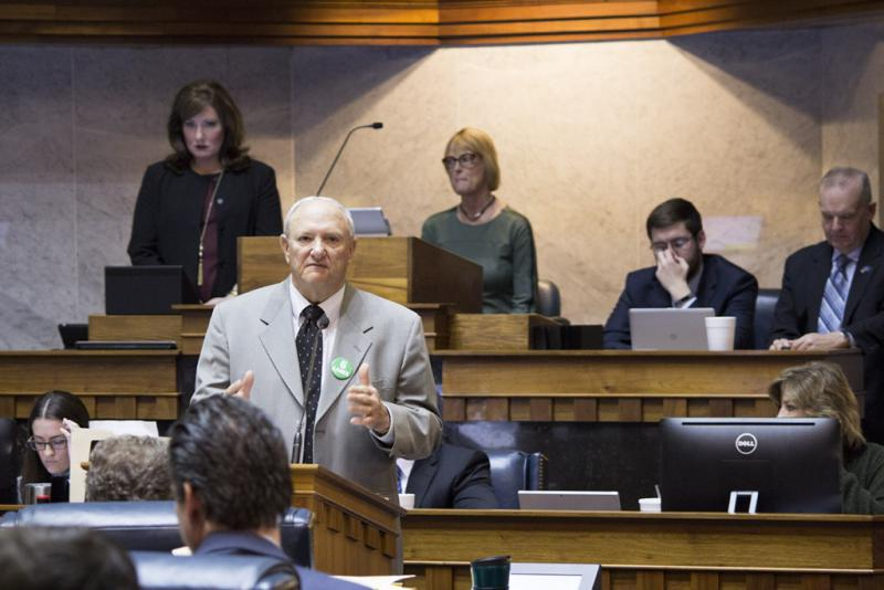 Budget author Sen. Luke Kenley highlights funding priorities in the bill. (Nick Janzen/IPBS)