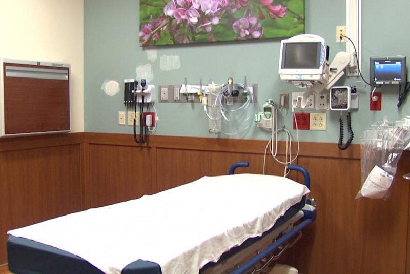 A room at Columbus Regional Hospital. (Steve Burns/WTIU).