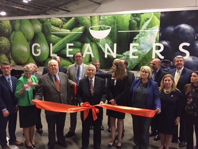Retired U.S. Senator Richard Lugar attending the ribbon cutting for the new Gleaners produce center. (Jill Sheridan/IPB News)