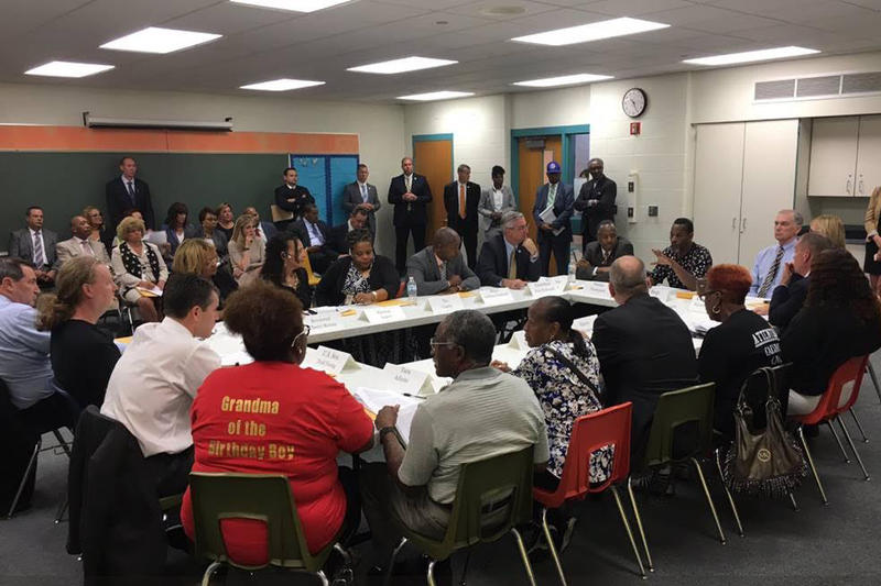 HUD Secretary Carson, Gov. Holcomb, Lt. Gov. Crouch and other local, state and federal officials meet with residents to hear their perspectives and updates about the USS Lead superfund site in East Chicago. (Gov. Eric Holcomb's Office)