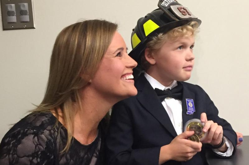 Laura McLinn and her son Jordan. (Jill Sheridan/IPB News)