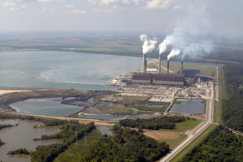 Coal ash ponds at a Duke Energy plant in southwest Indiana (Photo: BlairPhotoEVV)