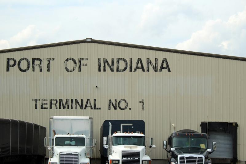 The Port of Indiana-Jeffersonville is a manufacturing and distribution hub for trains, trucks and barges on the Ohio River. (Annie Ropeik/IPB News)