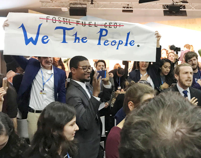 <p>Protesters interrupt a US government pro-coal event during the COP23 UN Climate Change Conference 2017, hosted by Fiji but held in Bonn, Germany, Nov. 13, 2017.</p>
