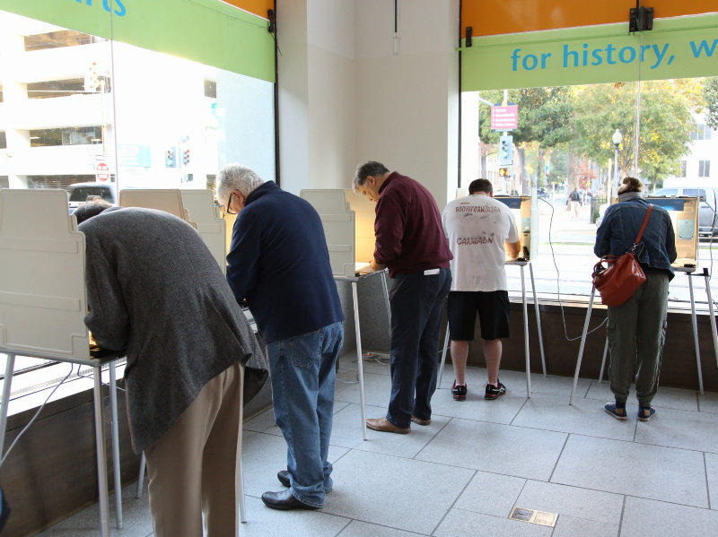 Californian's cast their votes at the California Museum in Downtown Sacramento on Nov. 8, 2016.