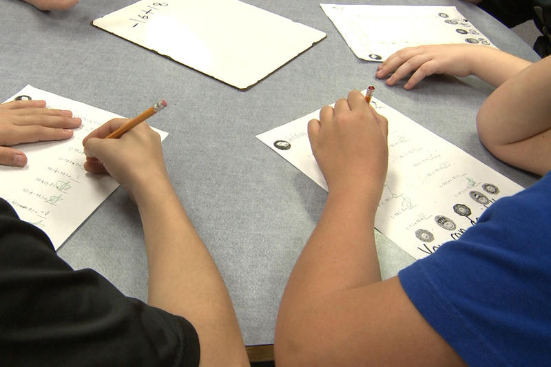 Students work on math problems. (WTIU/WFIU)