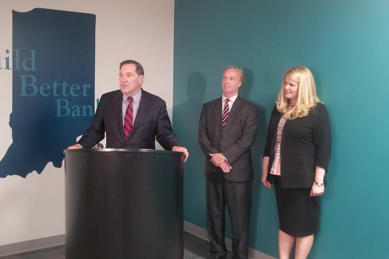 U.S. Sen. Joe Donnelly (D-Ind.) touts federal legislation that would rollback Dodd-Frank banking regulations for community banks and credit unions. (Samantha Horton/IPB News)