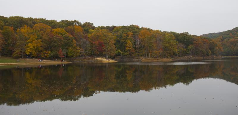Strahl Lake at Brown County State Park, 2012. Brown County officials say about one million vistors come to the county every October (Diego Delso/Wikimedia Commons)