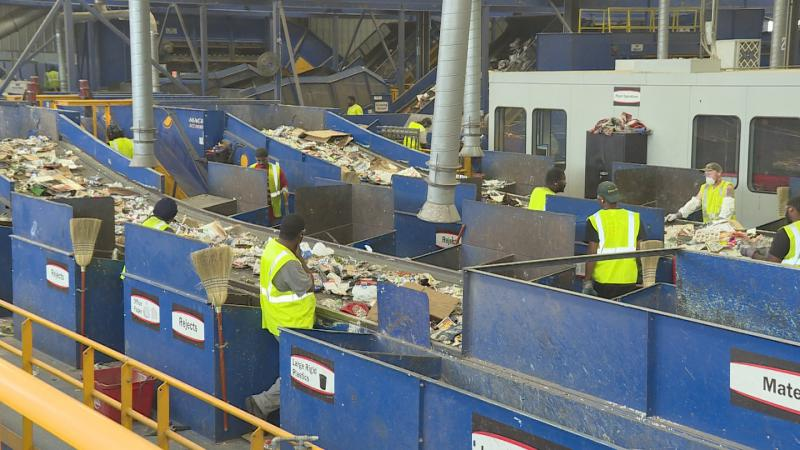 Rumpke Material Recovery Facility in Cincinnati, Ohio does not accept trash. (Zach Herndon/WTIU)