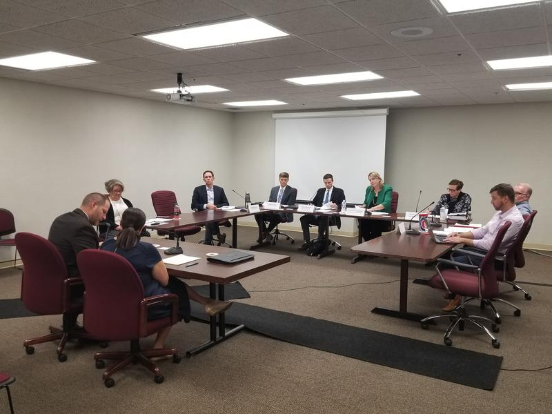 The Fiscal Indicators Committee will present its final list of indicators to the state budget committee on Oct. 16. (Jeanie Lindsay/IPB News)