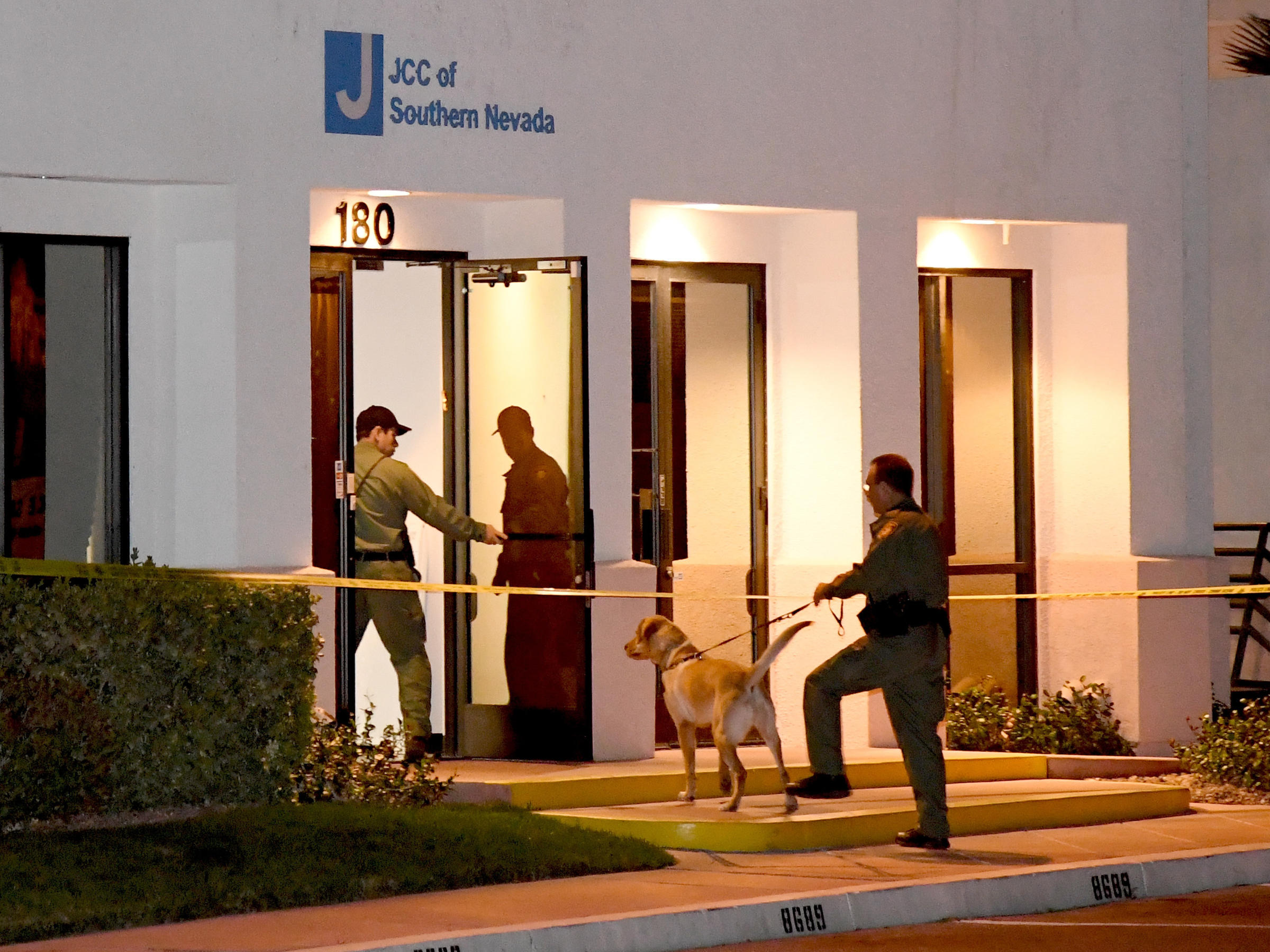 Community Notebook: Israeli arrested for bomb threats at Jewish Community Centers