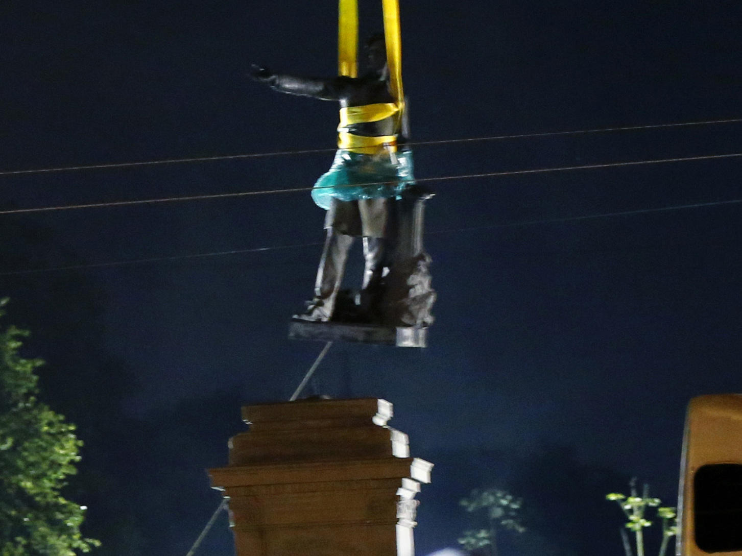 Dueling Protests as Jefferson Davis Monument Removed in New Orleans