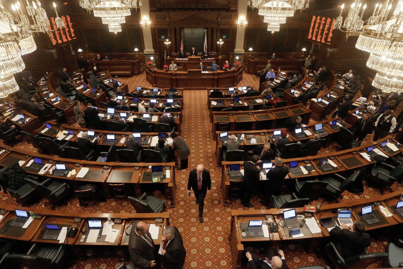 Illinois House Takes Step to Ending Budget Impasse