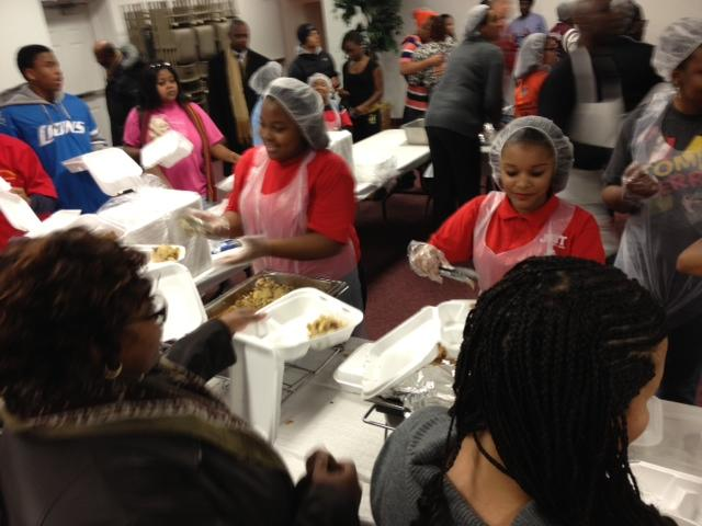 New Hope Baptist Church in Wayne, MI has been serving a pre-Thanksgiving dinner to families from Myers Elementary for eight years.