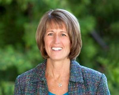 Dr. Noelle Cockett