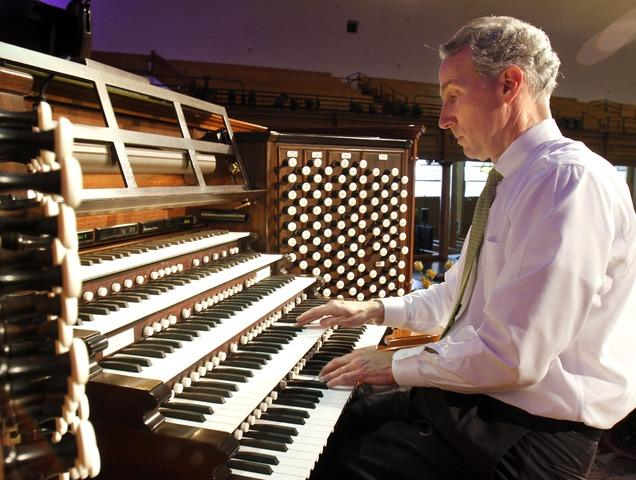 Richard Elliott plays the Salt Lake Tabernacle Organ