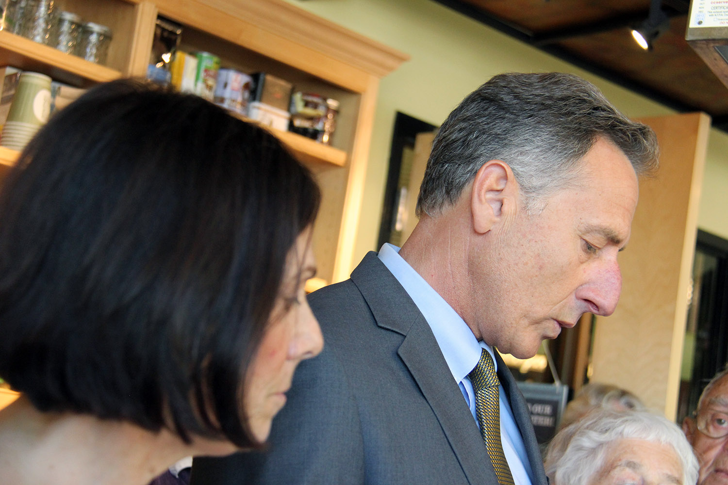 At Emotional Ceremony, Shumlin Signs End-Of-Life Bill