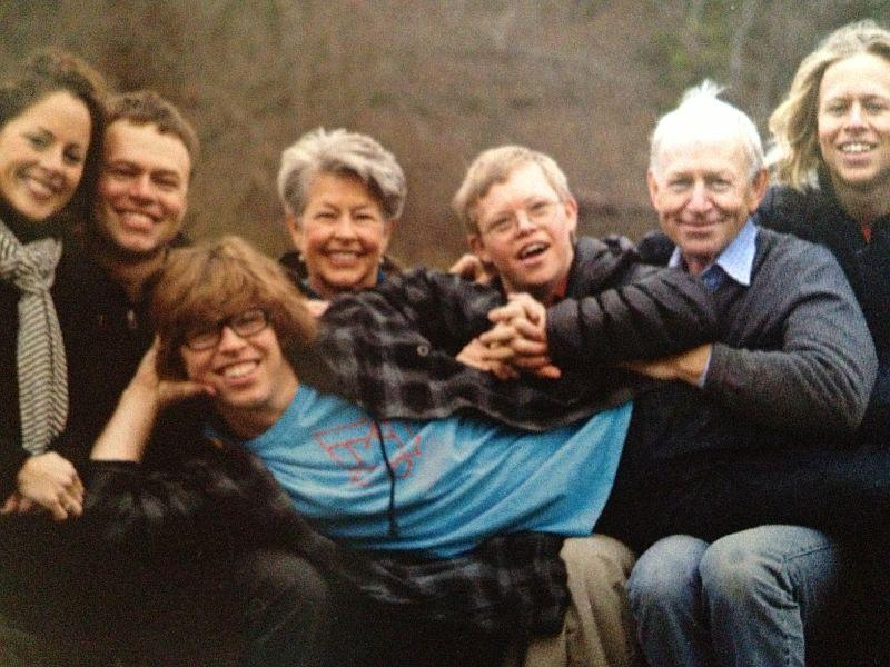 Christy Pearce, Andrew Pearce, Pia Pearce, David Pearce, Simon Pearce, Adam Pearce. Kevin Pearce is in the middle.