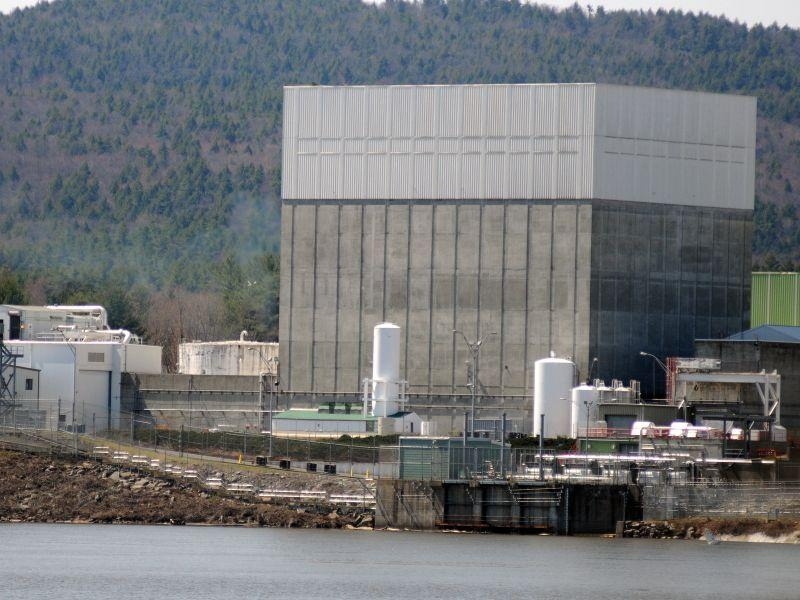 The Vermont Yankee nuclear power plant on the banks of the Connecticut River in Vernon, Vt.