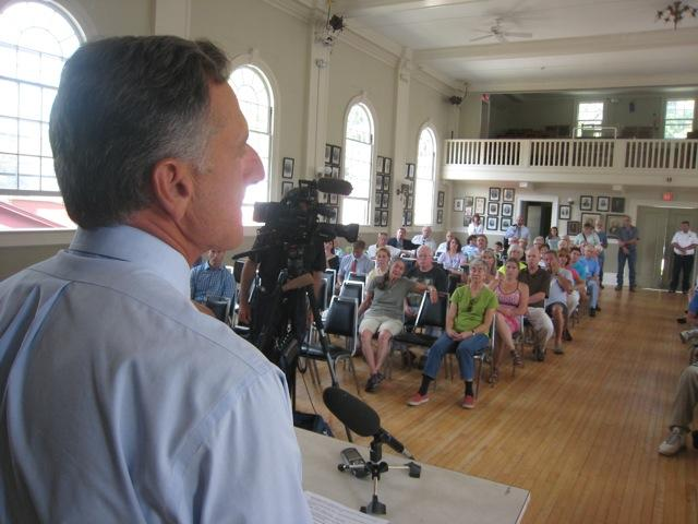 Governor Peter Shumlin speaking in Wilmington on the second anniversary of Tropical Storm Irene.