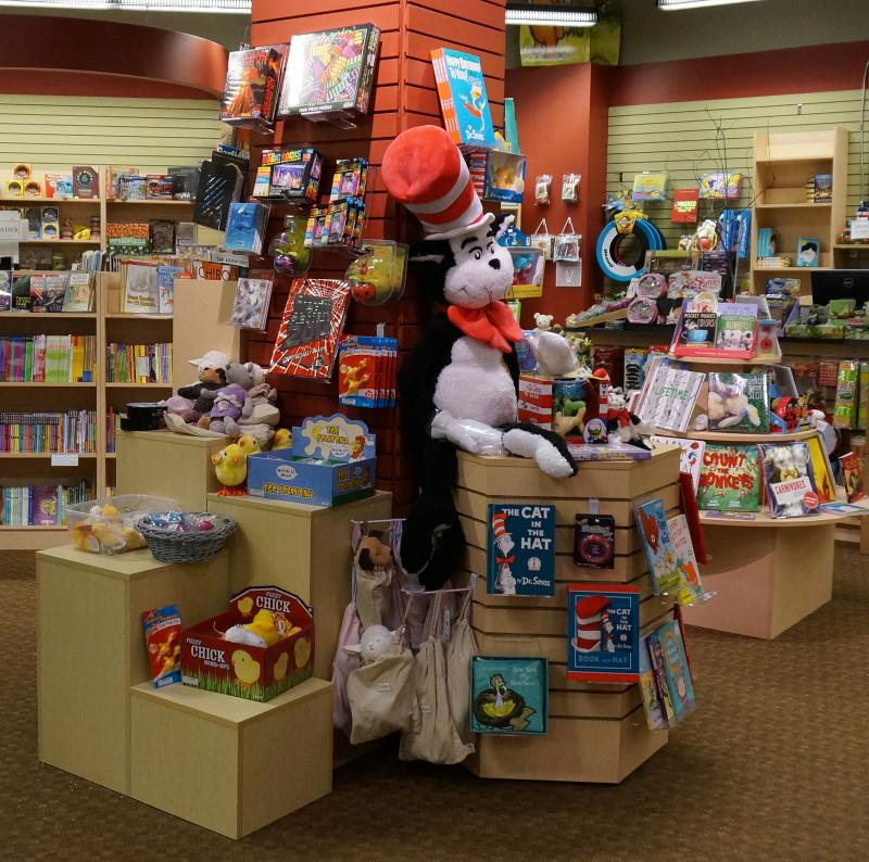 Phoenix Books, in Essex, received $5,000 from author James Patterson to help get books in the hands of kids.