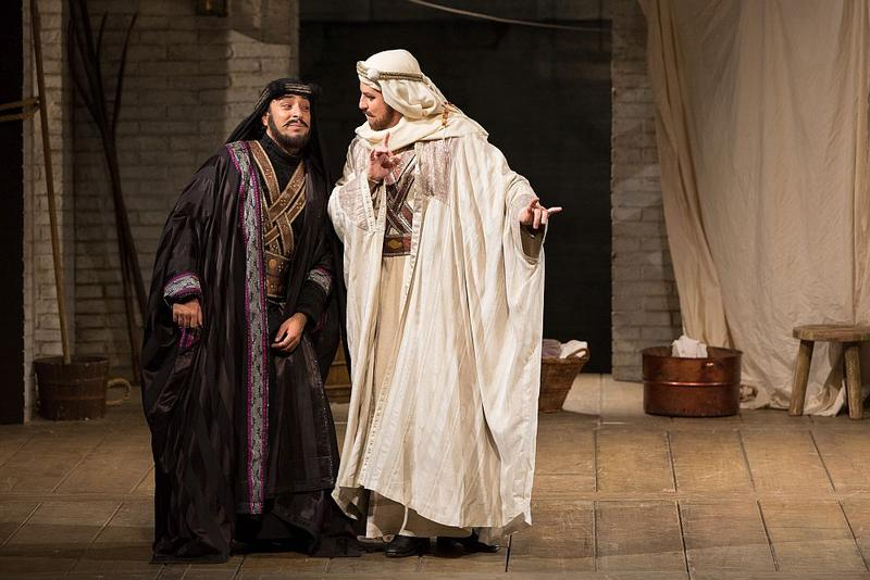 "Rodion Pogossov as Guglielmo and Matthew Polenzani as Ferrando in Mozart's ""Così fan tutte."""