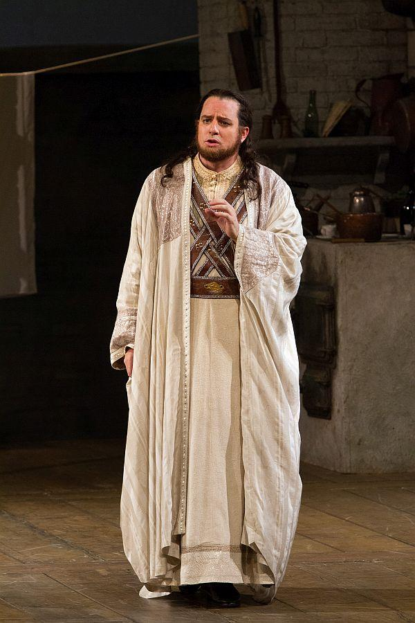 "Matthew Polenzani as Ferrando in Mozart's ""Così fan tutte."""
