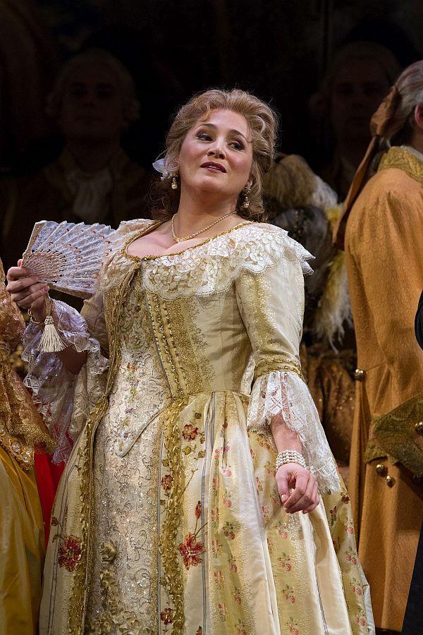 "Patricia Racette as Maddalena in Giordano's ""Andrea Cheniér."""