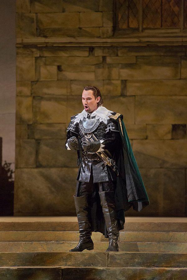 "Mariusz Kwiecien as Riccardo in Bellini's ""I Puritani."""