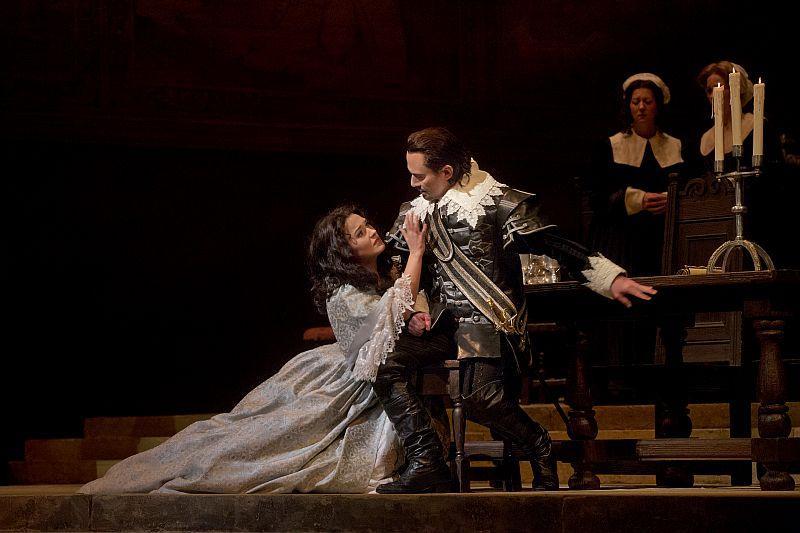 "Olga Peretyatko as Elvira and Mariusz Kwiecien as Riccardo in Bellini's ""I Puritani."""