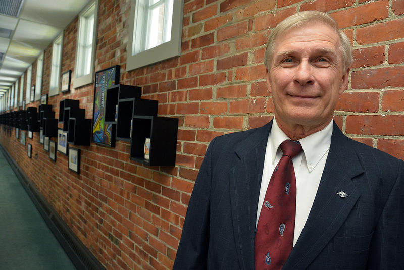 "Donald Nolte, who spent much of his career in IT work, says of Vermont Health Connect: ""If you hire a company that doesn't have a solid track record, you're taking chances."""