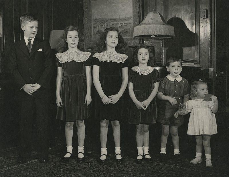 Family Portrait: Eileen Rockefeller at age 2 (far right) with her siblings.
