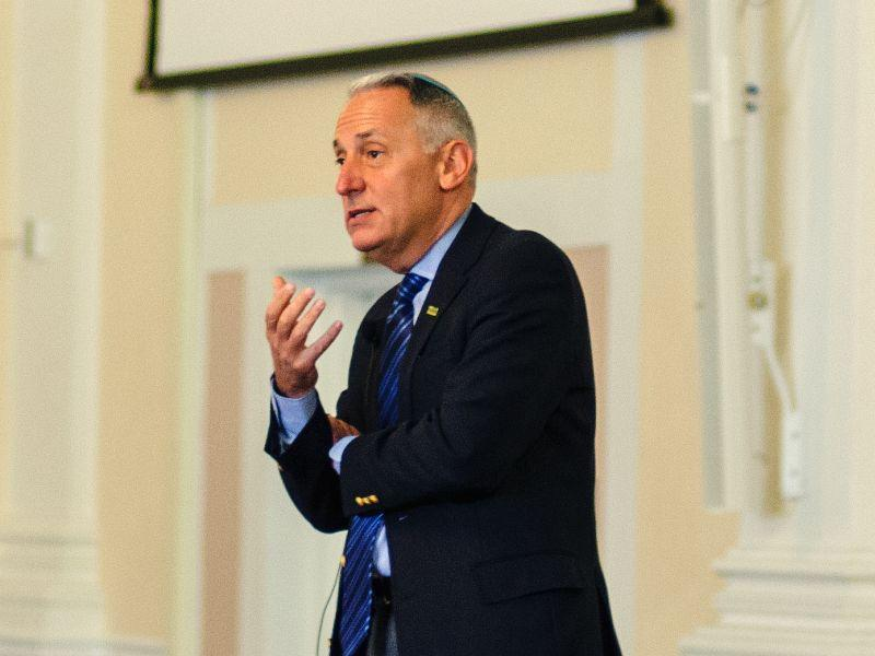 Eric Fingerhut, the CEO of Hillel International, speaks at UVM about Jewish life on American colleges.