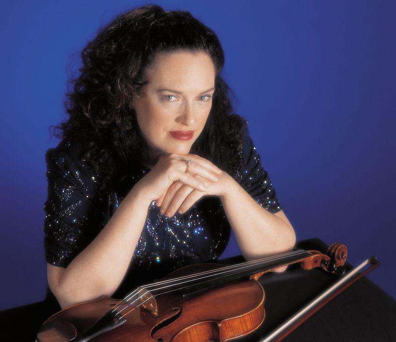 Violist Patricia McCarty visits the VPR Performance Studio on Friday.