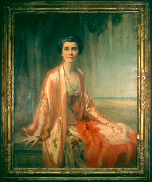 Portrait of Grace Coolidge in Indian Court Robe, dress, ostrich feather fan, and jade jewelry, by Frank O. Salisbury in 1908